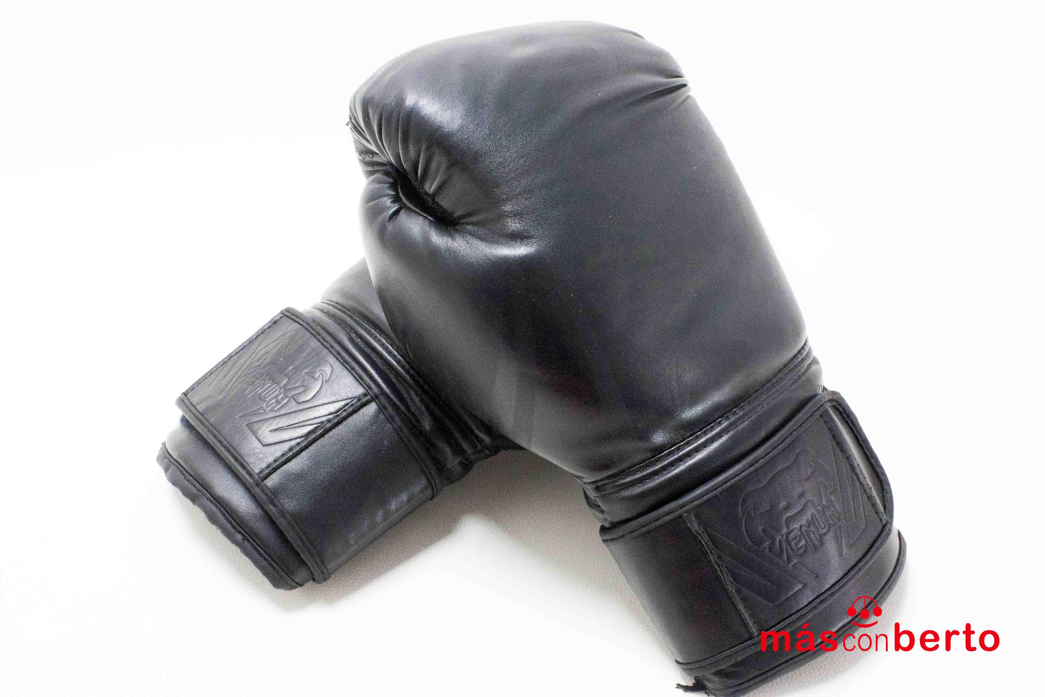 Guantes De Boxeo Venum...
