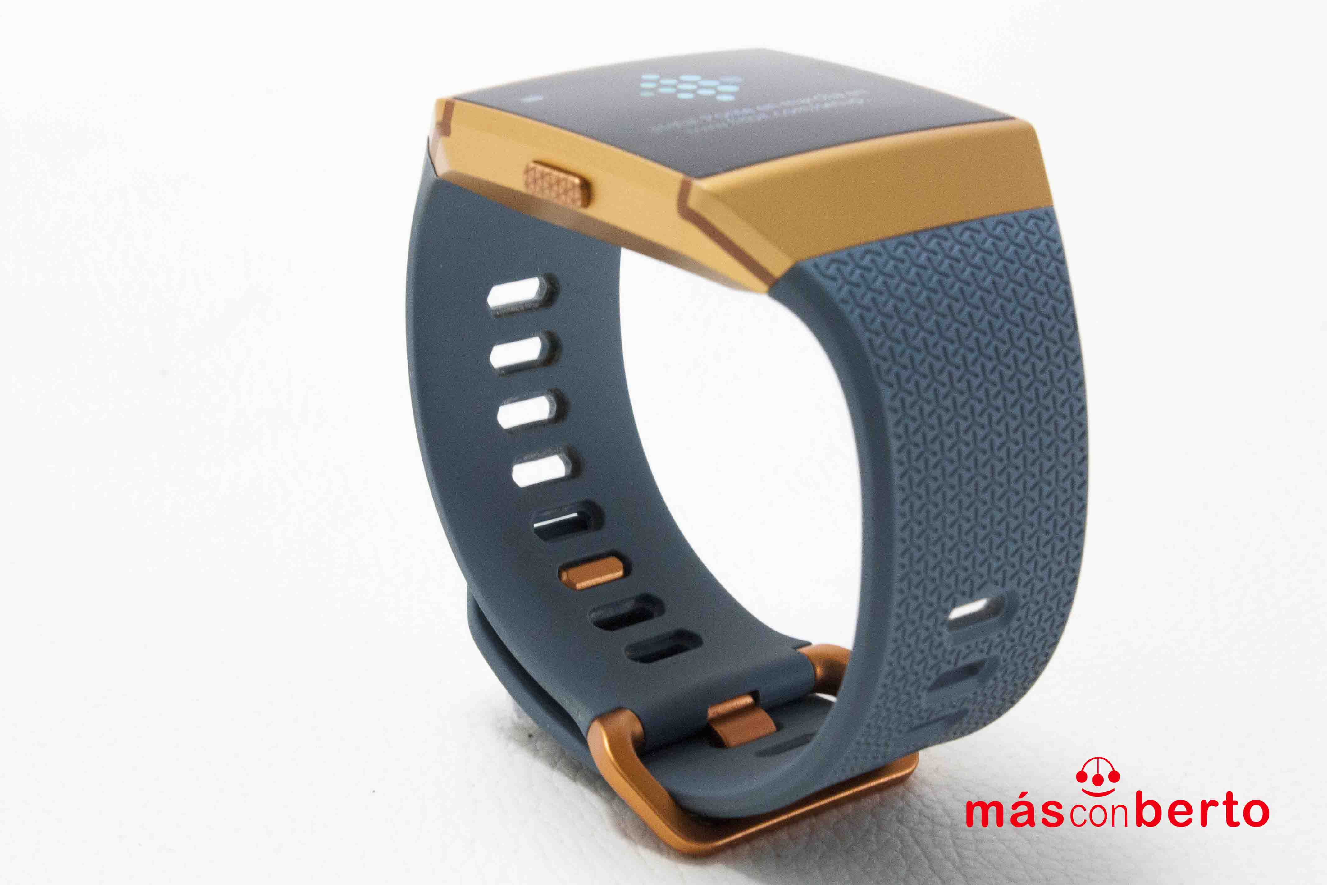 Smartwatch Fitbit Ionic...