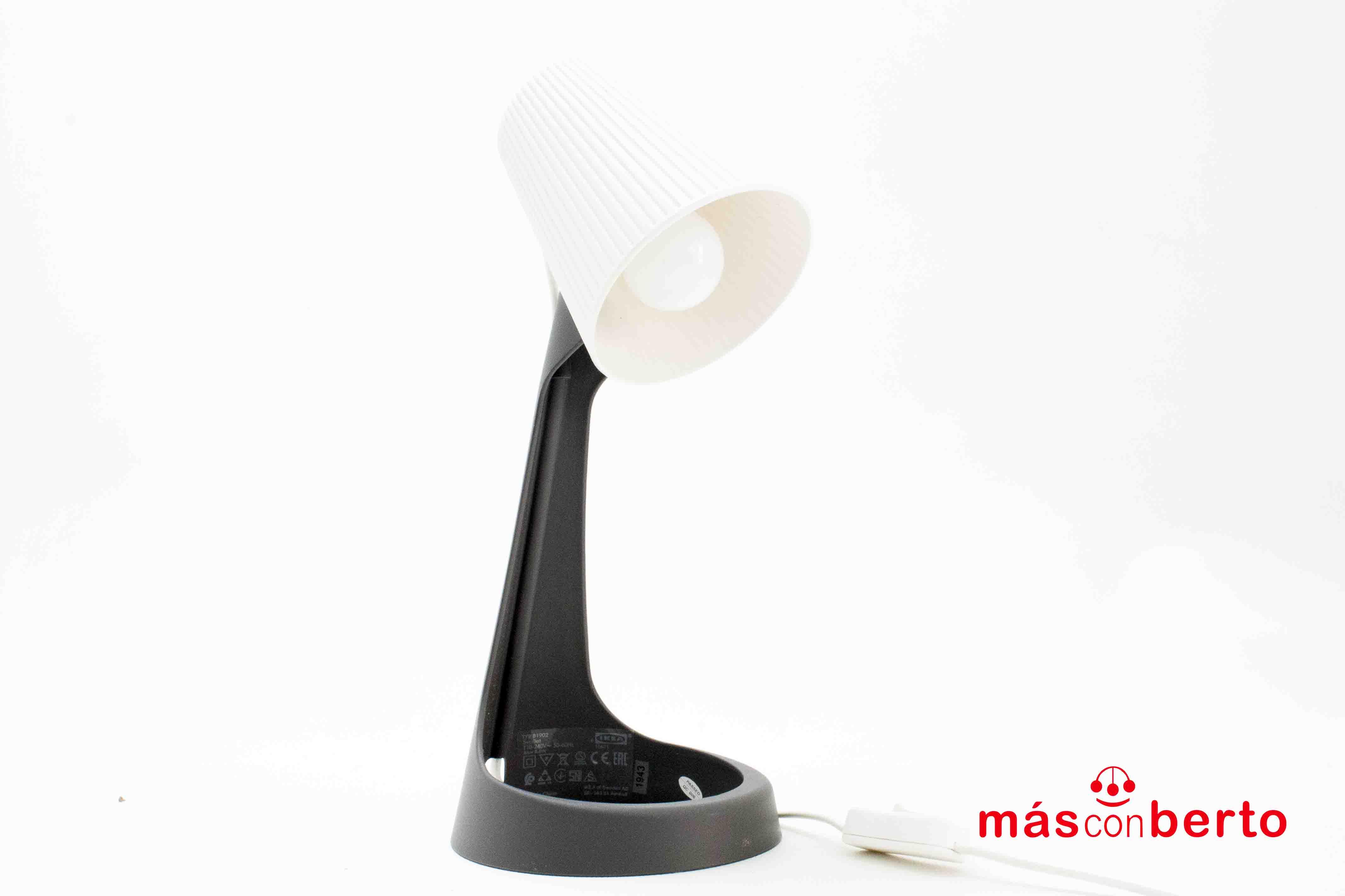 Lámpara Ikea tpy b1902