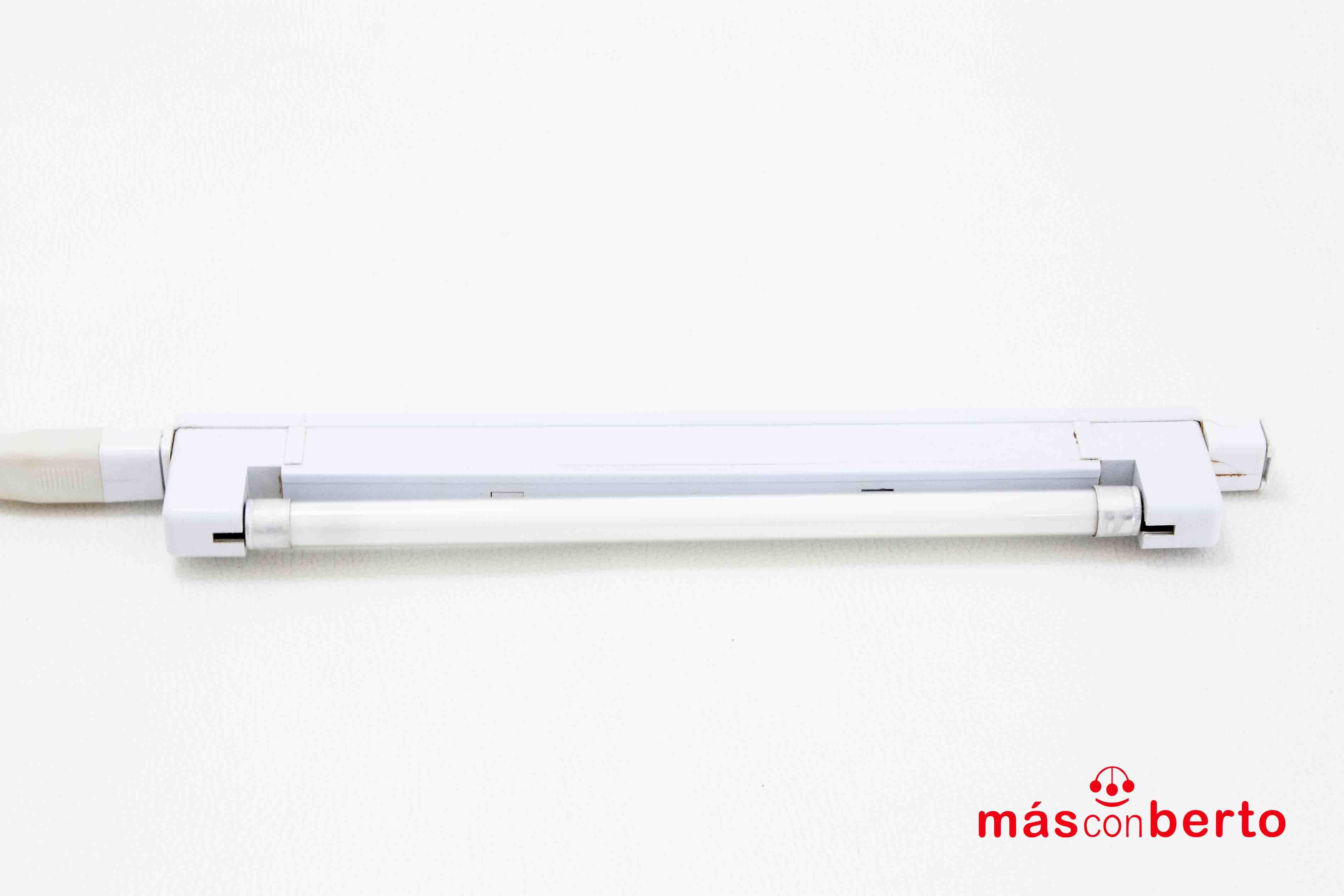 Luz Fluorescente  26 cm con...