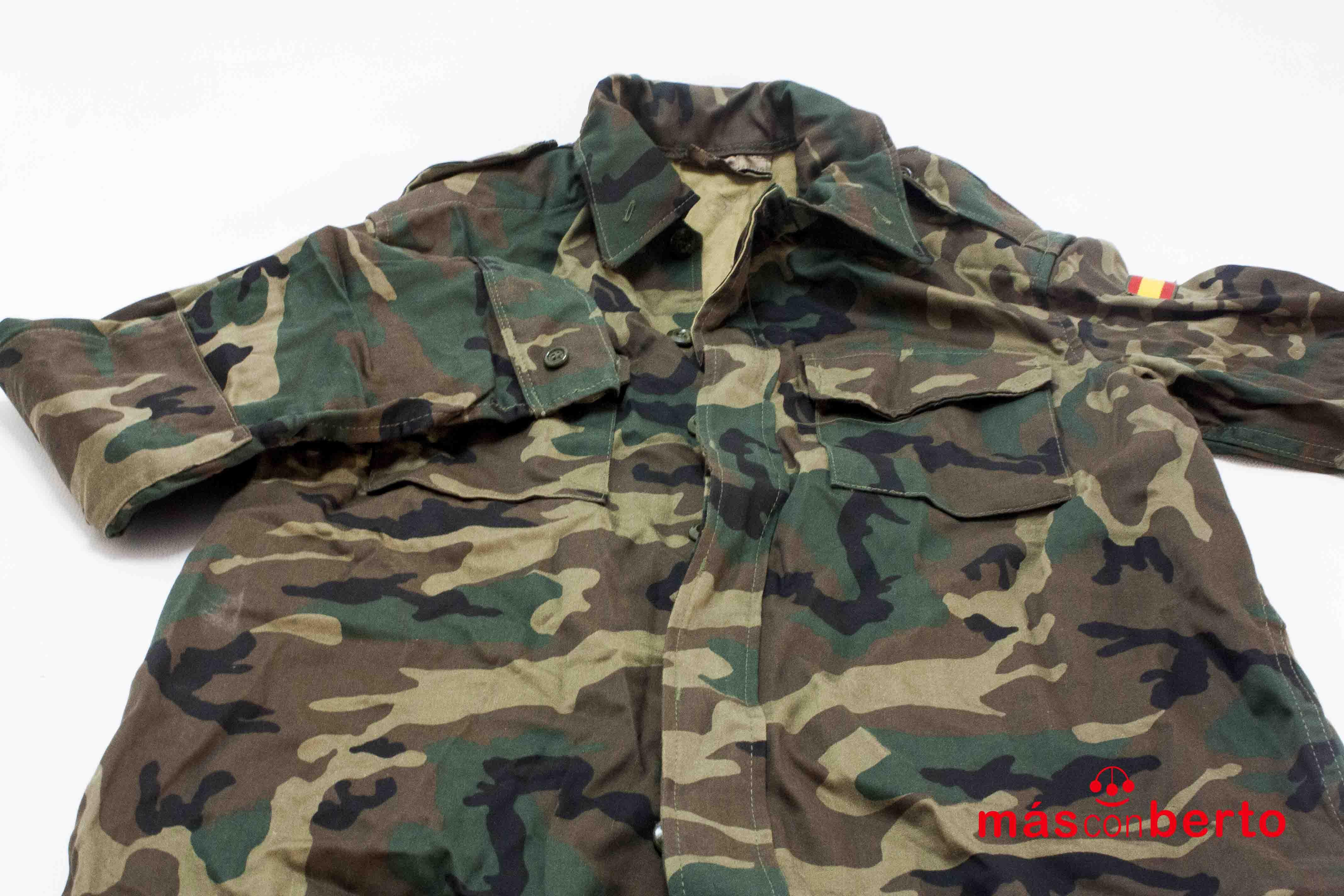 chaqueta militar boscosa...