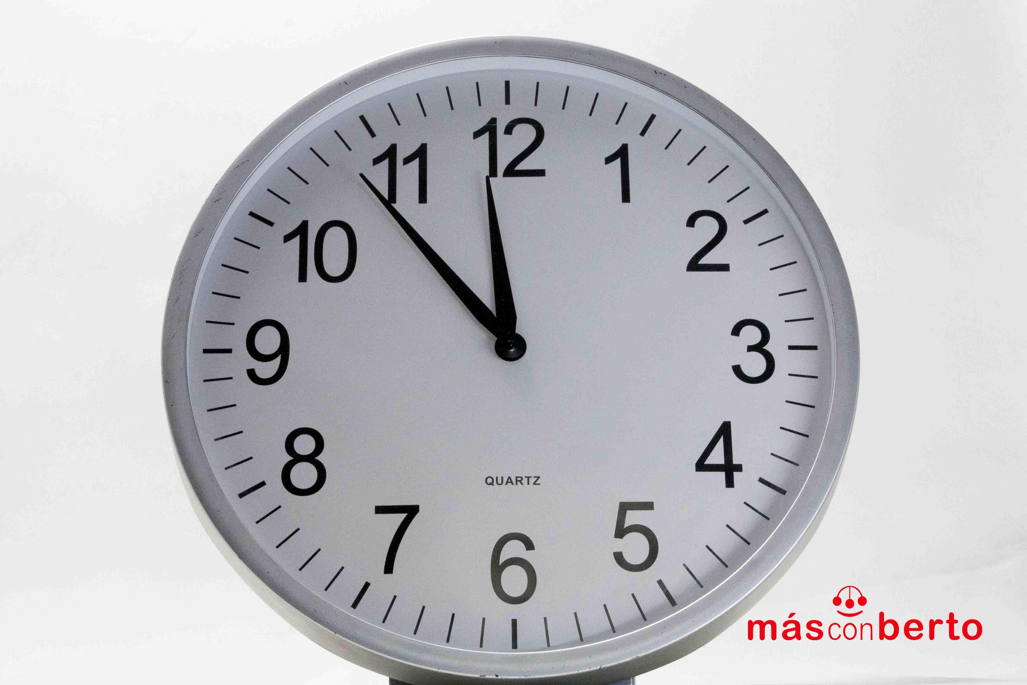 Reloj de pared redondo de...