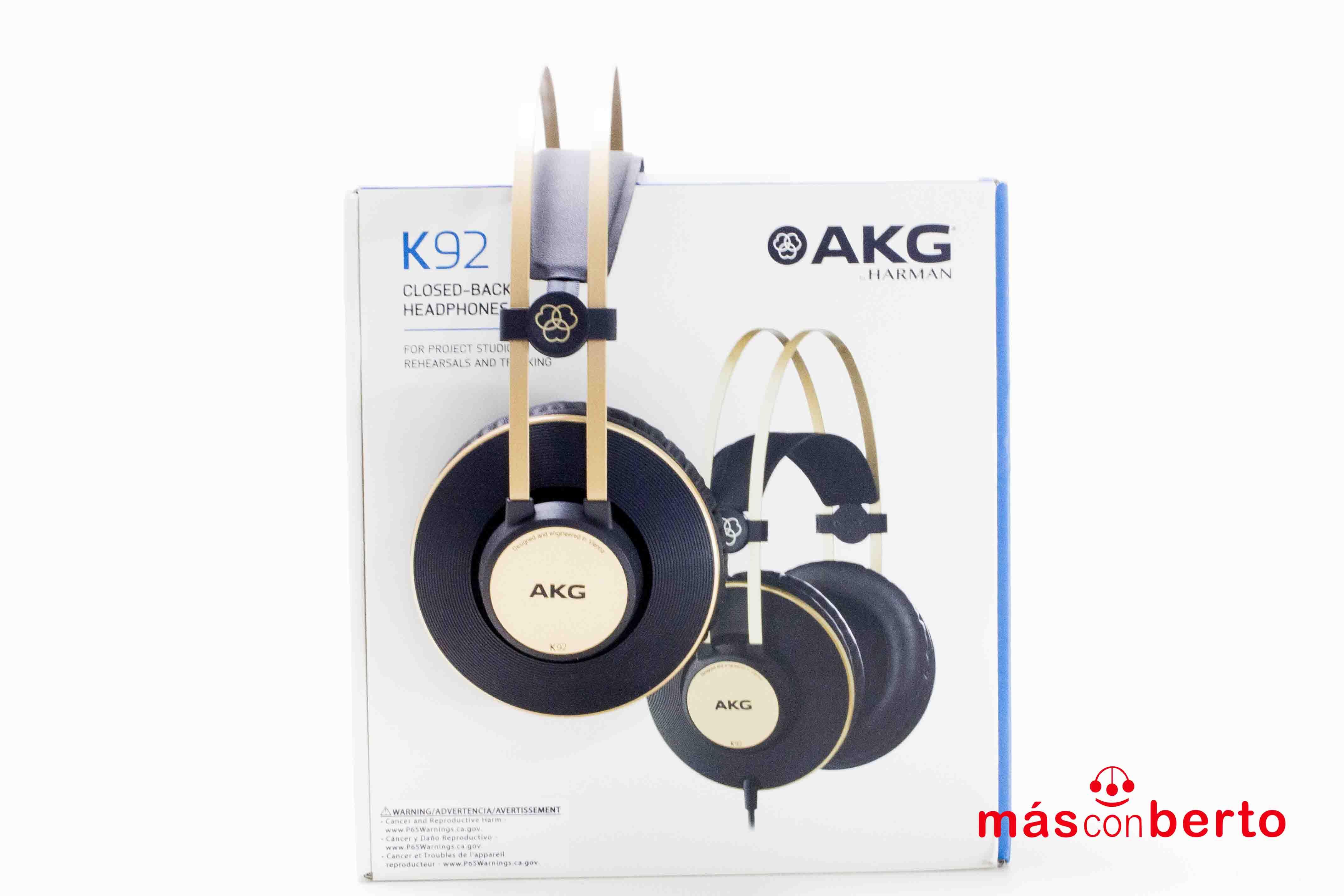 Auriculares marca AKG...