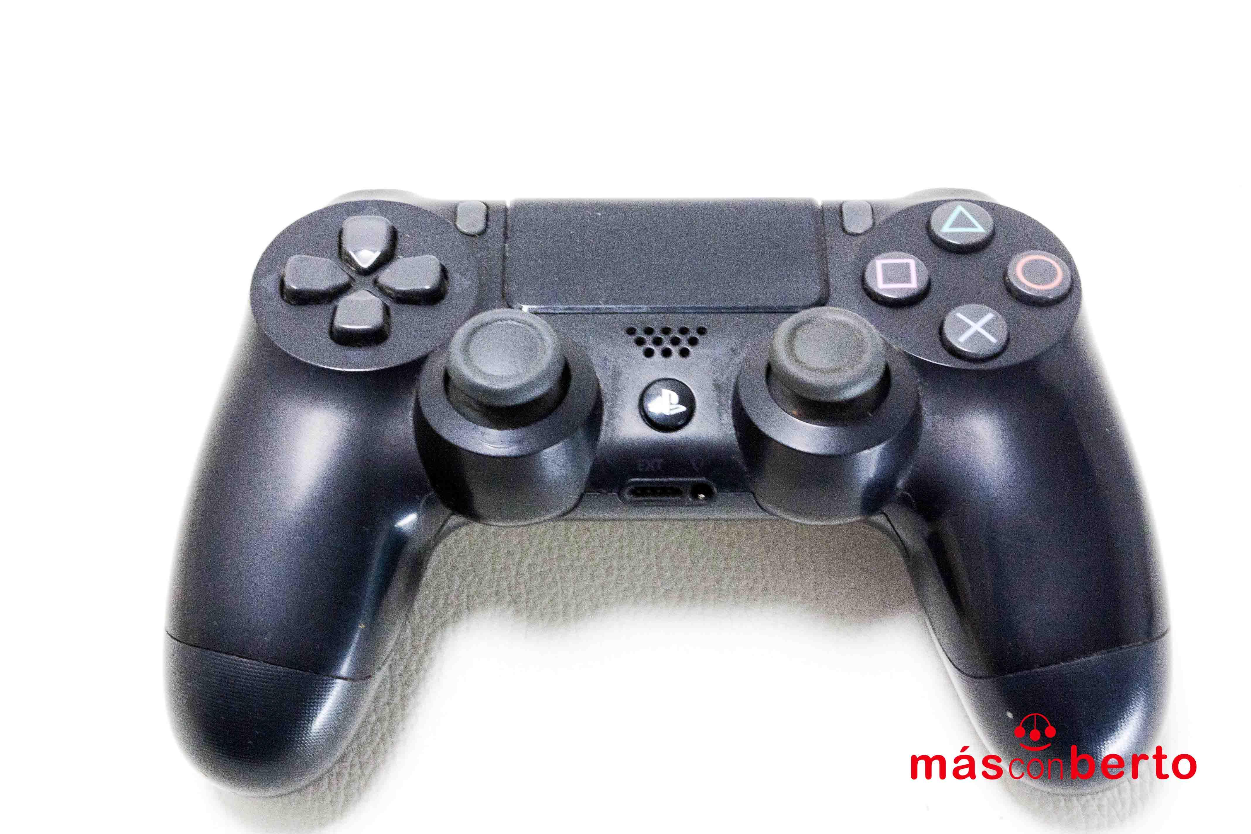 Mando original PS4
