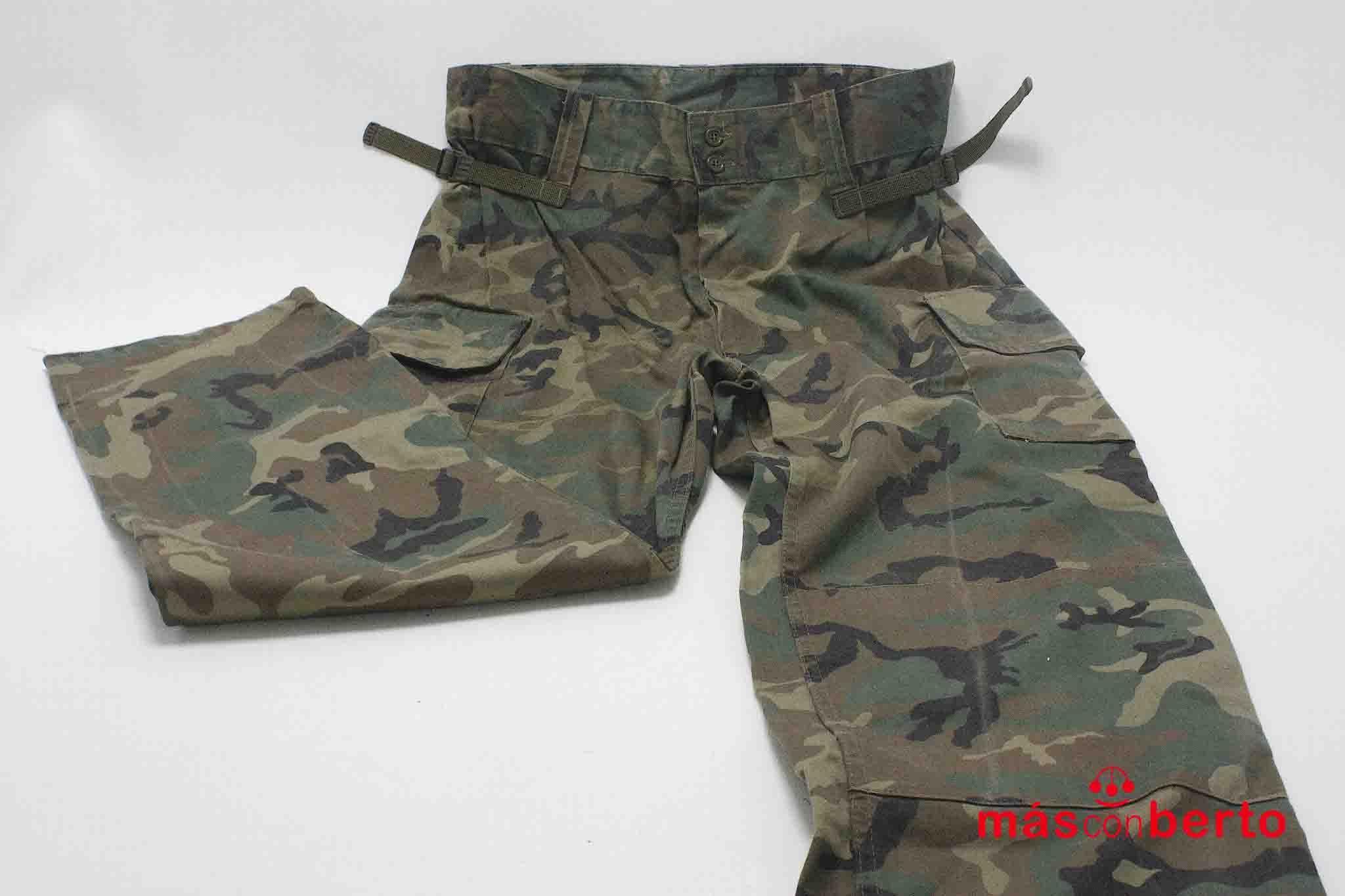 Pantalón militar de campaña...