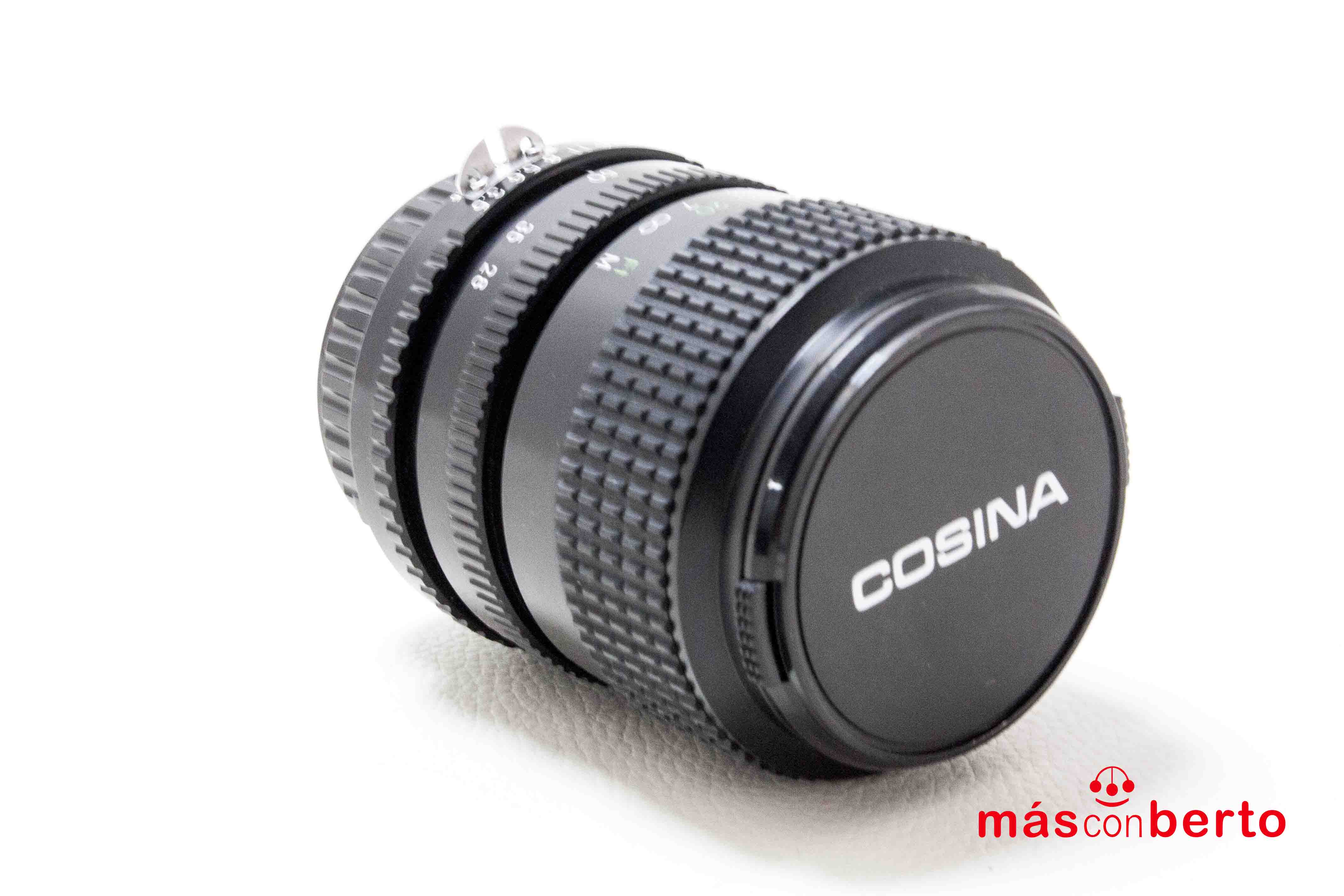 Objetivo Cosina 28-70 mm...