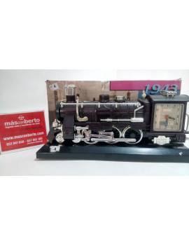 Locomotora reloj 1943