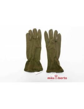 Pareja de guantes verde...