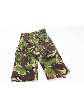 Pantalón militar boscoso...