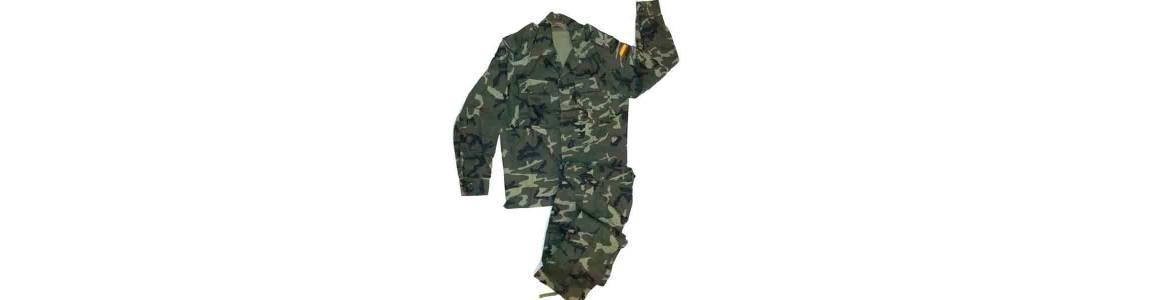 Ropa militar Boscosa